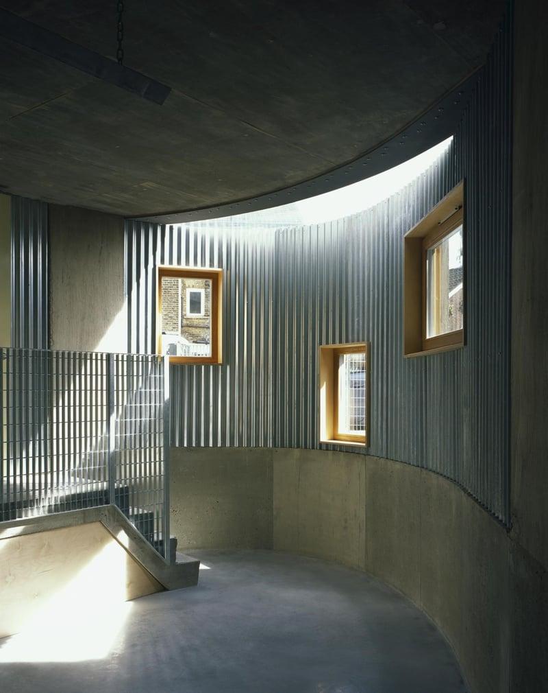 런던 스토크뉴잉턴 콘크리트 주택 내부